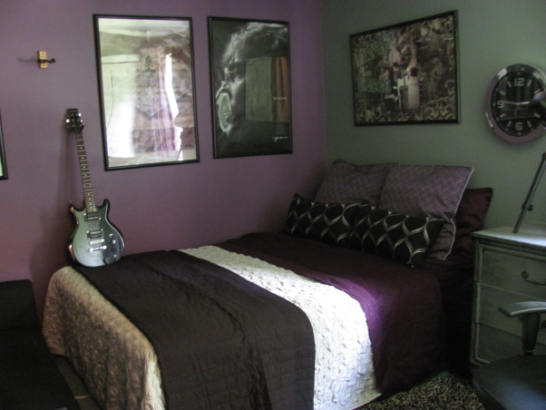 Passion for Purple, Bedrooms