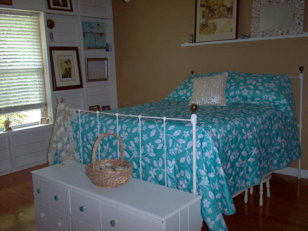 Master bedroom changes, I saw a wall on The Lettered Cottage that I loved and decided to have my wall changed too. I wanted a beachy feel to my new space. I would love comments....good or bad!  Thanks to Layla and Kevin Palmer! ,          , Bedrooms