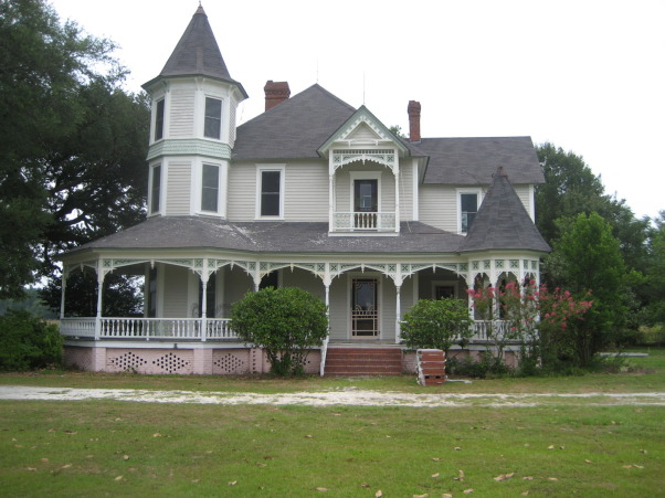Victorian farmhouse renovation, SC circa 1900 Victorian style farmhouse was completely renovated.  , Before renovation , Home Exterior Design
