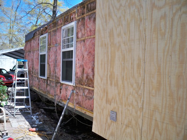Mobile home exterior remodel, Install  siding and underpinning, Installing siding on mobile home and new windows , Home Exterior Design