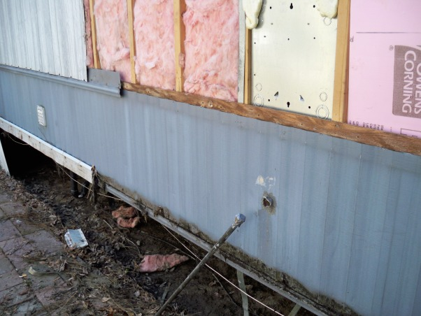 Mobile home exterior remodel, Install  siding and underpinning, remobing old metal , Home Exterior Design