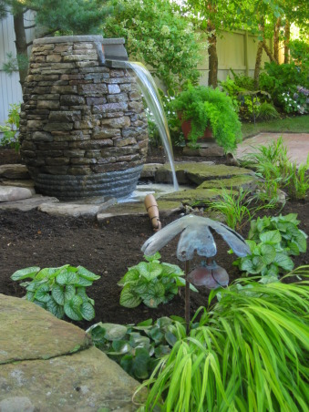 RIOT OF COLOR, New water feature for upper patio , Gardens Design