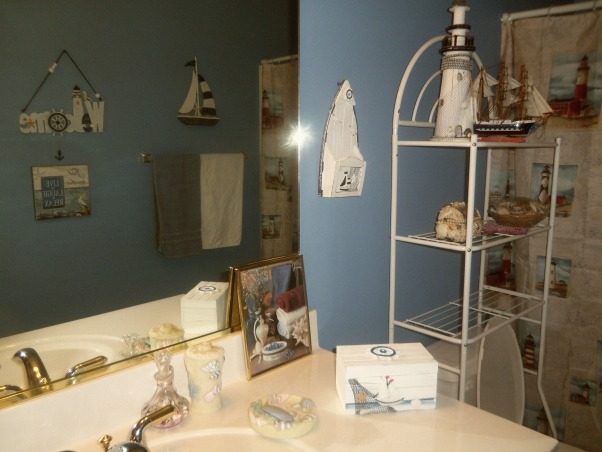 LIGHTHOUSE, LIGHTHOUSE, Bathrooms Design
