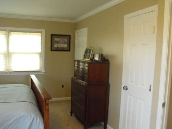 Split Foyer remodel, These are the new closets we added for the master bedroom. , Kitchens Design