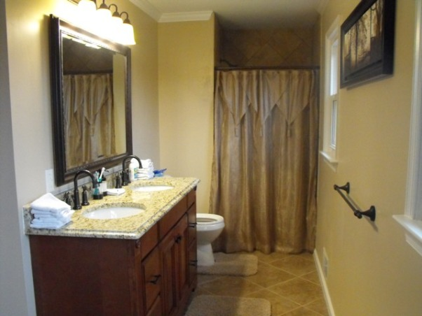 Split Foyer remodel, This is the new master bath with the shower side., Kitchens Design