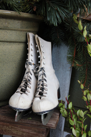 Northwoods Winter Front Porch, This year we wanted a simple, natural looking front porch for winter and the holidays..., vintage skates are always good... , Holidays Design