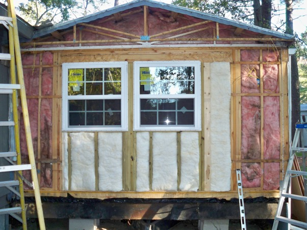 Mobile home exterior remodel, Install  siding and underpinning, Install new windows to replace mobile bay windows, Home Exterior Design