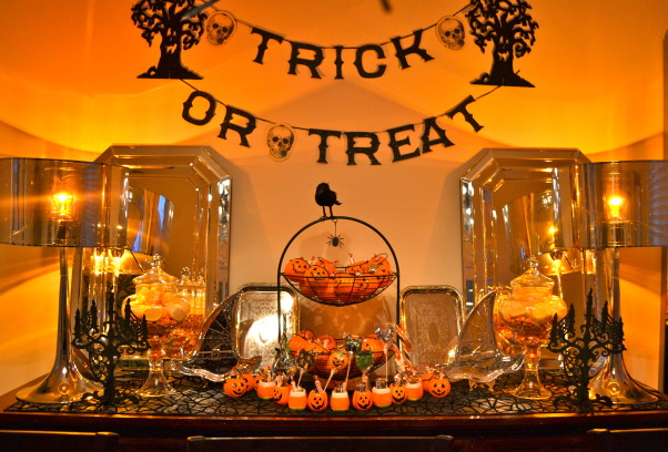 Halloween Dining Room, This was actually our dining room last year - really went a little gaga on the decor, but the kids loved it! This year I've toned it down a bit and will post once I'm done. If you want to see more, just follow this link  http://buhayatbahay.blogspot.com/2011/10/dissection-of-halloween-glam-themed.html, Dining Rooms Design