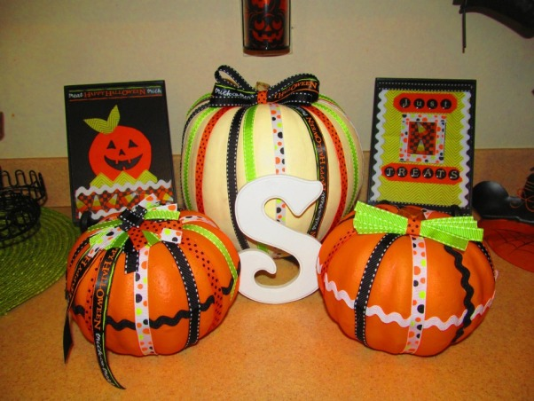 Tricks and Treats!, Decorating for the Holidays is one my favorite things to do! Many of my ideas were inspired by HGTV and other Rate My Space members. These are my new creations for this Fall and Halloween., The complete set , Holidays Design