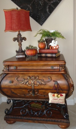"""FALLOWEEN"" !, Had some fun decorating for fall and Halloween. More rooms to come!, Foyer holiday decor  , Dining Rooms Design"