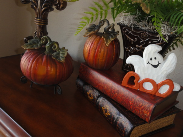 """FALLOWEEN"" !, Had some fun decorating for fall and Halloween. More rooms to come!, Love my little ghost lol , Dining Rooms Design"
