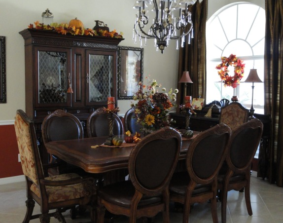 """FALLOWEEN"" !, Had some fun decorating for fall and Halloween. More rooms to come!, Dining Rooms Design"