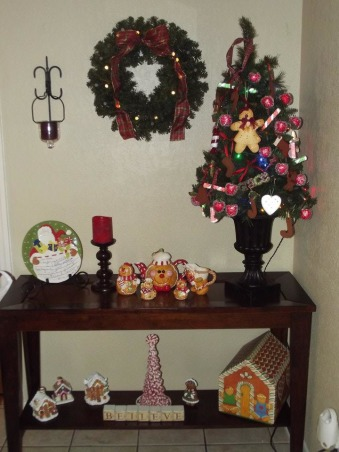 It's beginning to look alot like Christmas 2012, Kitchen tree. Had it beautiful. Lights didn't work so I undecorated it and strung new lights. I redecorated it twice and cannot get it looking good :(, Holidays Design