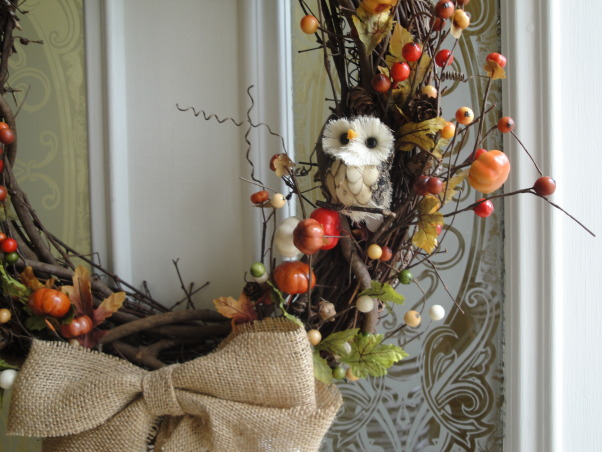 Burlap LoVe, I have become hooked on burlap.  It started with one piece, and from there, I redecorated my living room and hallway with burlap touches., Love the little owl!    , Living Rooms Design