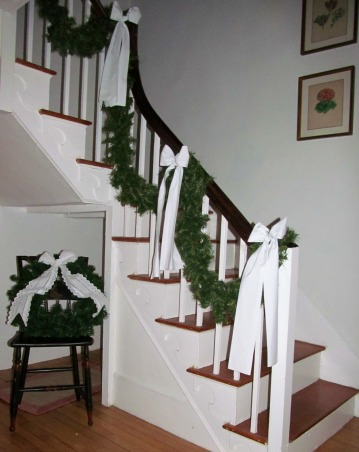 White Christmas, Using white throughout the house for Christmas!, White staircase., Dining Rooms Design