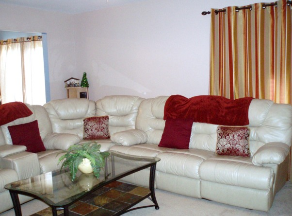 !!!!!!!!!!!PLEASE HELP!!!!!!!!!!!!, I am soooo lost as to how my livingroom should be!!!!!! PLEASE HELP!!!!!!!!!!!, Living Rooms Design