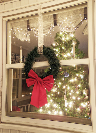 Christmas Decor, An outdoor view of our wreath and Christmas tree.  , Holidays Design
