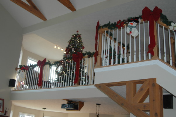 Gander Run Ridge at Christmas, Lodge Style Home Decorated for Christmas, Loft  , Holidays Design