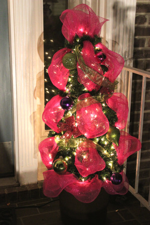 Unwind w/Design - Christmas Open House 2012 - Part 3, Unwind with Design's Open House 2012 - Part 3 unwindwithdesign.blogspot.com, Tomato cage small Christmas tree using garland, lights, deco mesh and ornaments., Holidays Design