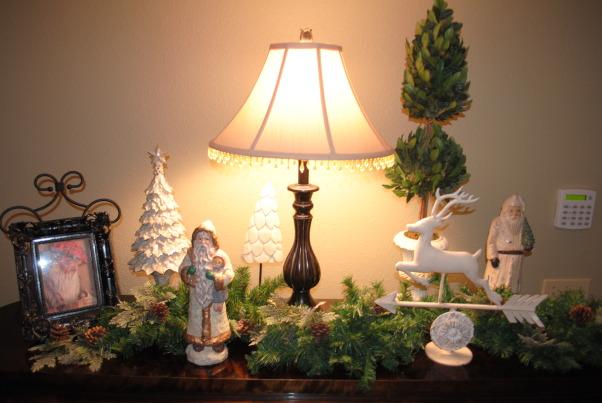Christmas, Christmas decor, Dining room buffet , Holidays Design