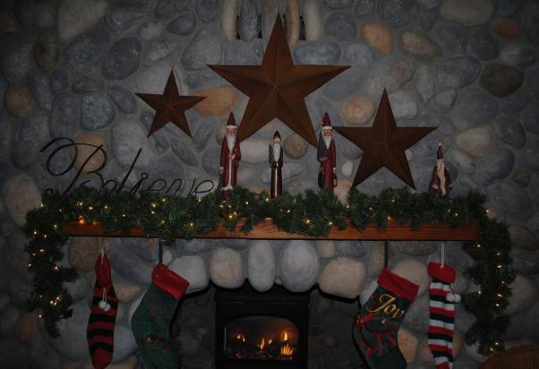 Christmas, Christmas decor, Family room mantel , Holidays Design