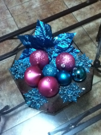 same tree, diferents colors, my christmas tree, my little center piece, Holidays Design