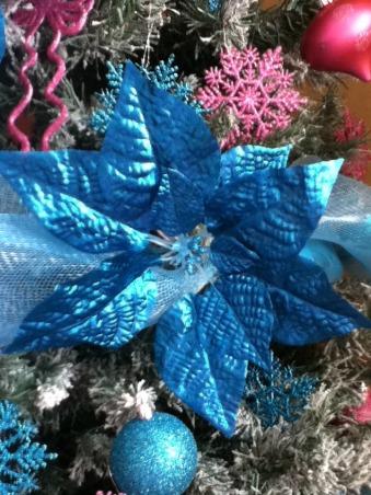 same tree, diferents colors, my christmas tree, Holidays Design