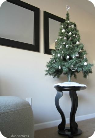 Neutral & Modern Holiday Decor, We like to keep our holiday decor color schemes & themes neutral.  We are relatively new homeowners, so we don't have a ton of decorations yet, but each year we add to our collection...hope you like it!  :), We set our mini tree up on top of a side table.  duoventures.blogspot.com  , Holidays Design