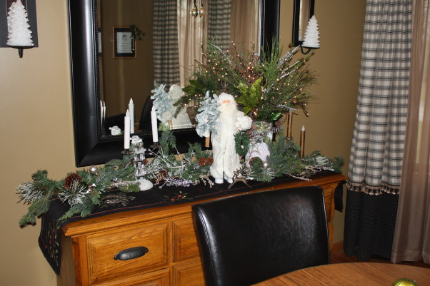 Home for the Holidays, My favorite Christmas decorations yet.  Bling, Sparkle and Happiness, Holidays Design