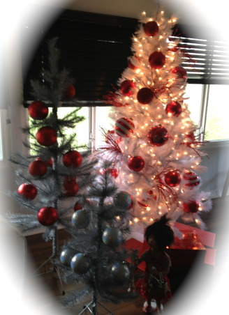 Christmas Time, patio with all the Christmas decor, Christmas    , Holidays      Design