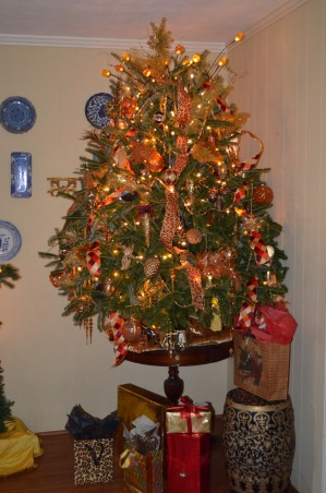 Christmas 2012, It's the Most Wonderful Time of the Year!, Gold Tree in the Den   , Holidays Design