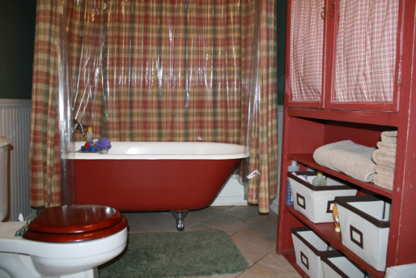 Guest Bathroom, This space is the only put together space we have in the house - I love this bathroom, but when I look at these picture maybe I need to change the shower curtain. , This is our guest bathroom - Its very country but its an old farm house so it fits    , Bathrooms Design