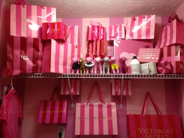 Victoria Secret Inspired Laundry Room, Here is my pretty Victoria Secret laundry room.  Just something I came up with that I thought would be fun.  Isn't it cute!?, Girls' Rooms Design