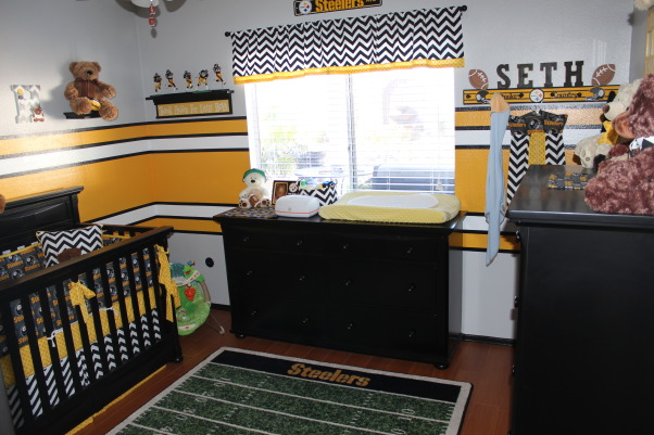Steeler football room, Steelers football theme room. Included bears to make it more child like. All stripes are painted (not a decal). Lockers are also custom painted, steeler theme room. Decorated by my wife., Boys' Rooms Design