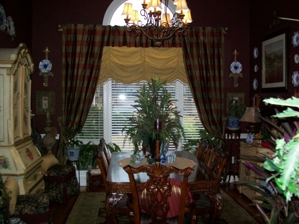Garden Bugs Home, Our Dining room, I like the Eclectic style. Your home is what you make it and you should be happy there. My husband and I do all the work, he is very handy., This is our dining room, I made the curtains in here., Dining Rooms Design