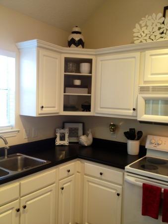 Black & White Kitchen, I took off cabinet doors for open shelving , Kitchens Design