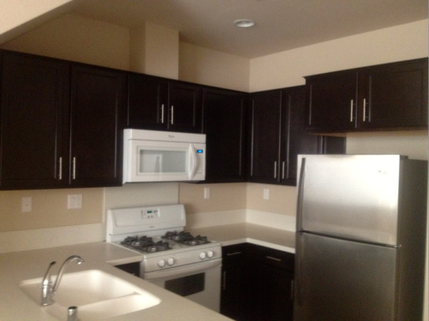 My New Kitchen, This is my kitchen in my new townhouse, the only thing i done so far is buying a refrigerator , Aristokraft by MasterBrad Kitchen cabinets, Kitchens Design