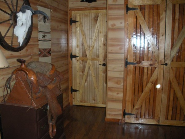 Western Guest Suit, Western decor with a Native American twist., Bedrooms Design