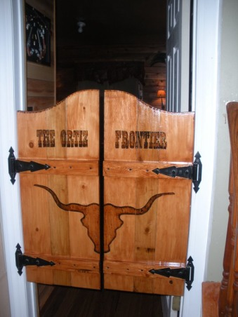 Western Guest Suit, Western decor with a Native American twist., Personalized saloon doors , Bedrooms Design