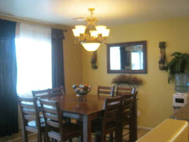 Niki's Dining space , Our family Dining area, perfect lighting, Dining Rooms Design
