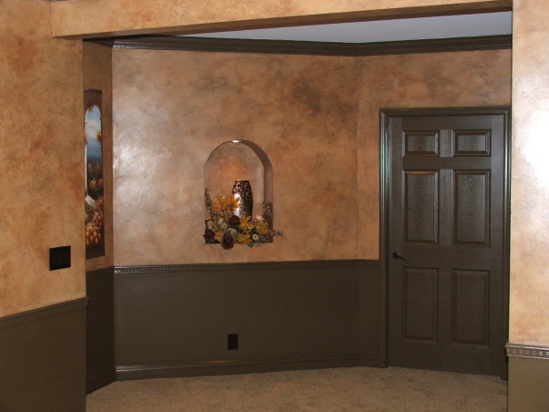 A touch of Tuscany, Art niche built into the custom designed space.  , Basements Design