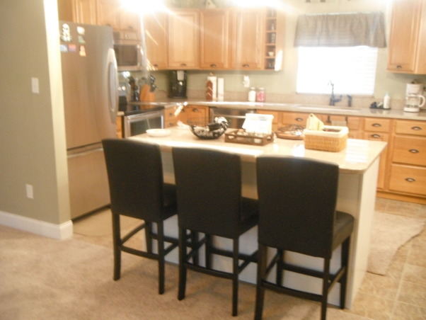Our short sale Kitchen makeover, Short sale kitchen was short on cabinets,appliances,countertops,you name it!, We added this kitchen island., Kitchens Design