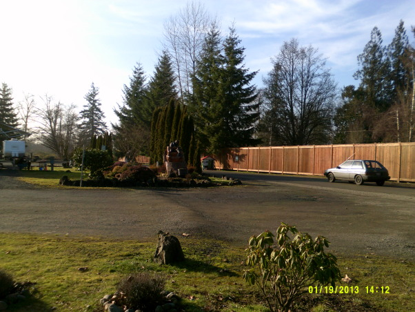 outside space next to RV, In Elma RV Park my small yard, This is at the Elma RV Park in Washington St.It is a wonderful place to live or stop by for a fue days , on your way to the coast , Home Exterior Design
