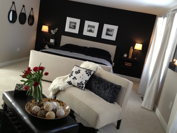 Master Suite and Sitting Area, Master Suite, w/Black Accent wall and Sitting Area, Bedrooms Design