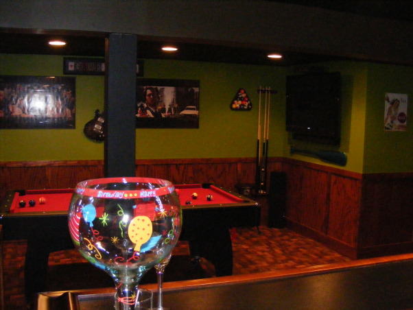 Apple green and an apple martini?, This basement is very cozy and fun and offers a lot.Although not a huge amount of space we utilized it and made it very fun., fun bar, Basements Design