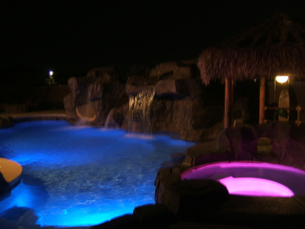 Paradise in the Desert, Something to remind us of our time in Hawaii, At night spa, Pools Design