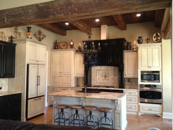Cajun kitchen done the fancy way, I wanted a comfortable beautiful classic space , Full view, Kitchens Design