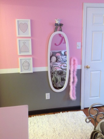 Pretty in Pink, Pink and Gray Girl's Bedroom, Every girl needs a place to primp!, Girls' Rooms Design