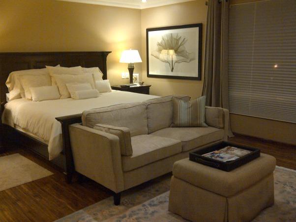 Modern colonial bedroom, Bedrooms Design