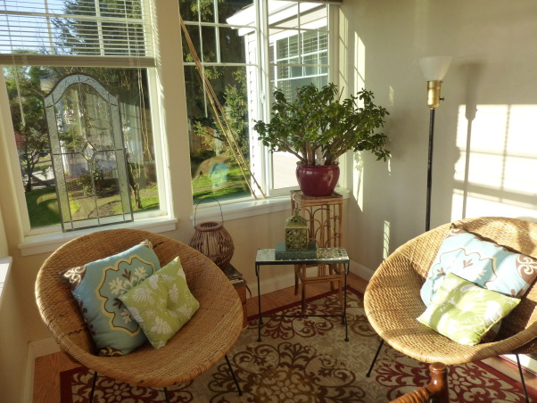 River Zen/ Sun room , Partly a meditation and conversation over tea room, serene  place to watch the world go by on the Columbia river in beautiful Oregon! , Picked up these vintage chairs at a tag sale for 5 bucks, yes. 5 bucks, a piece!!    , Porches Design